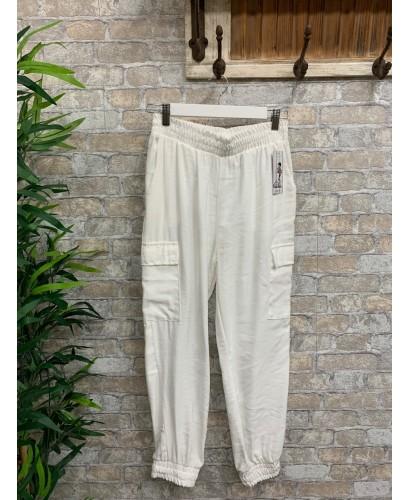 Pantalón bolsillo blanco