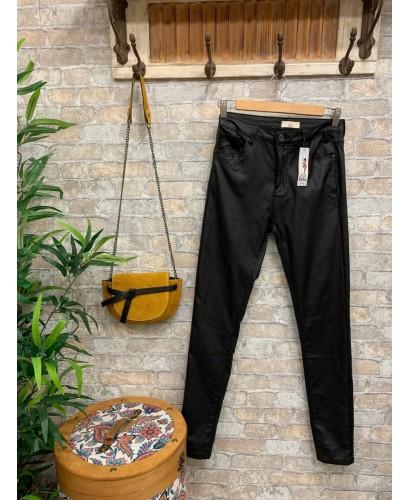 Pantalones negro